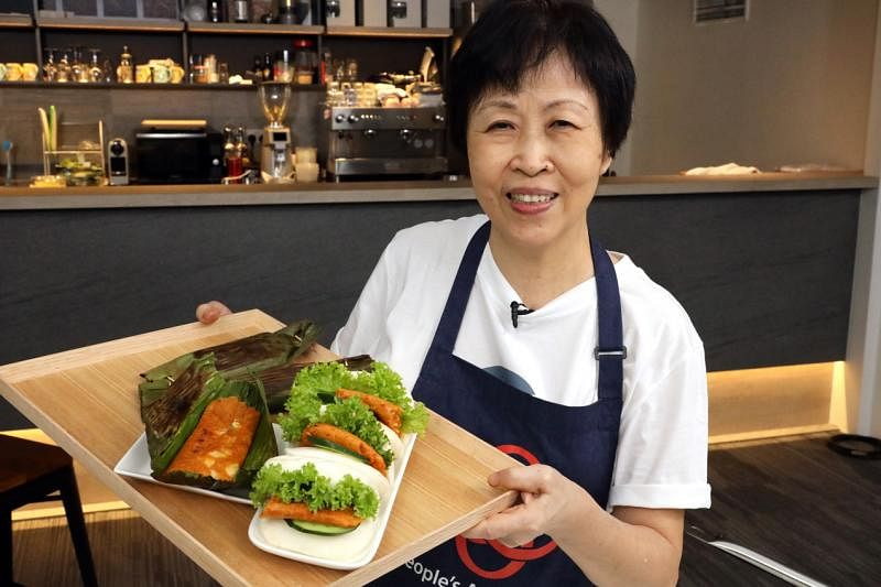 Attendtion in Kitchen Chef Irene Yip