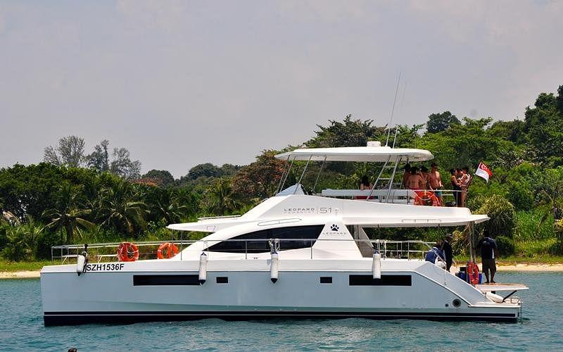 20170801_stb_yacht6_Large.jpg