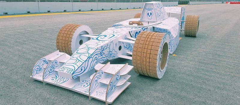 纸皮做的F1赛车。