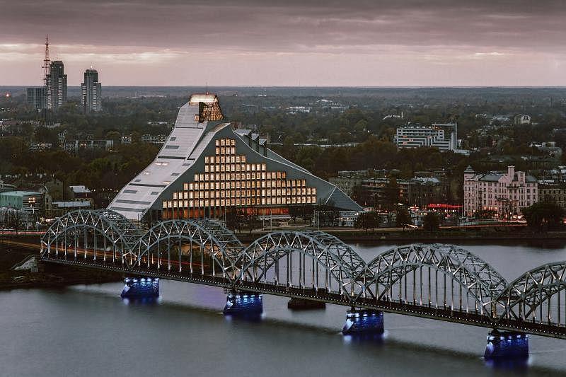 拉脱维亚国家图书馆已成了里加市的地标,象征当代拉脱维亚的创新景象。