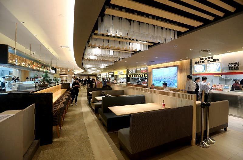 SORA的用餐空间设计以航空公司贵宾室为灵感。