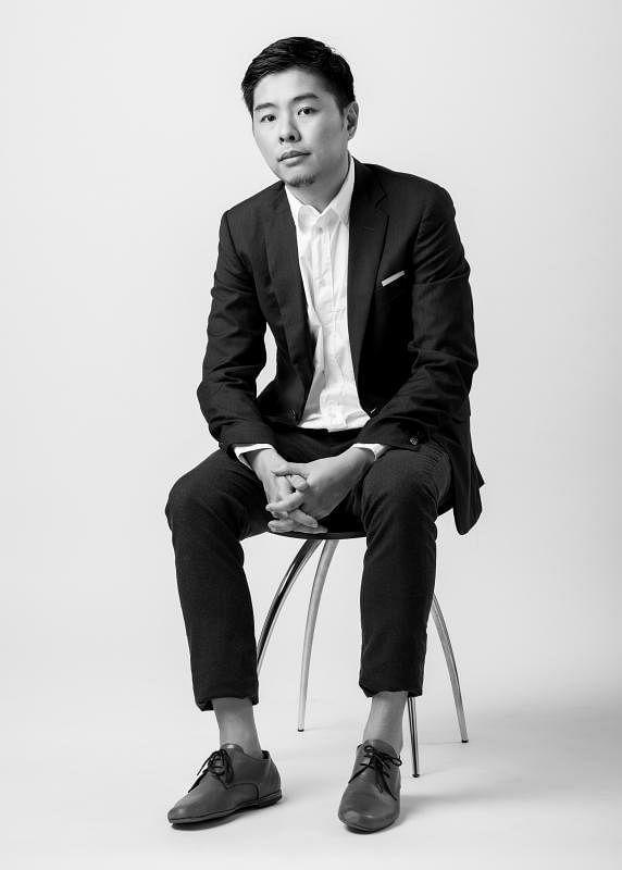 41岁的FDAT建筑设计事务所创办人孙俊雄(左图),是一位花园城市孕育出来的新一代建筑师。