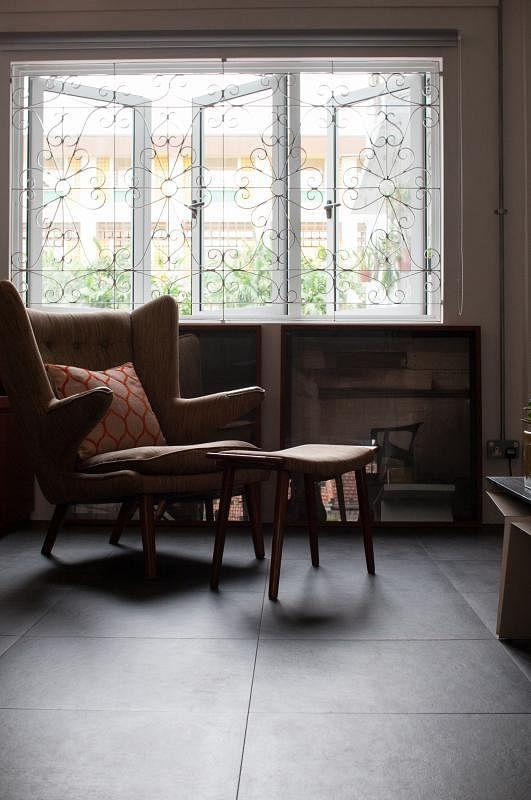窗框等结构二度利用,一部分家具也购自二手店。