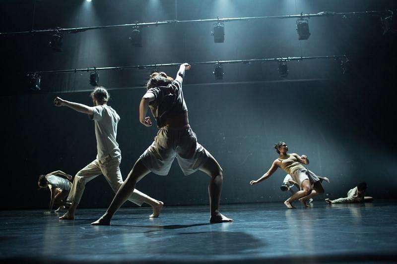 """新典在台湾的""""关渡艺术节2017""""演出舞作《消逝》。(新典现代舞蹈团提供)"""