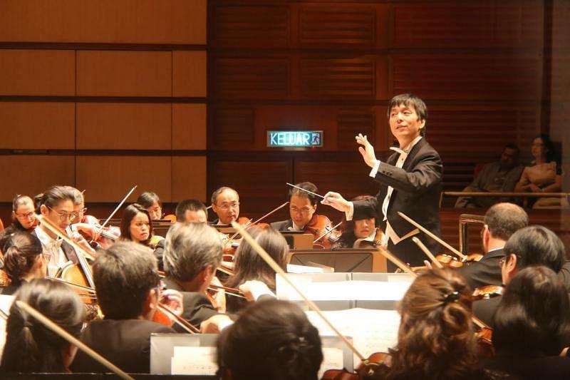 四川交响乐团风波不影响洪毅全,9月份他率团回来新加坡呈献西方古典乐经典。(滨海湾金沙提供)