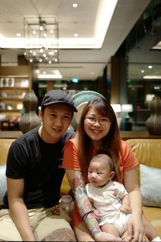 吴佳丽现在把生活重心放在老公和孩子身上。