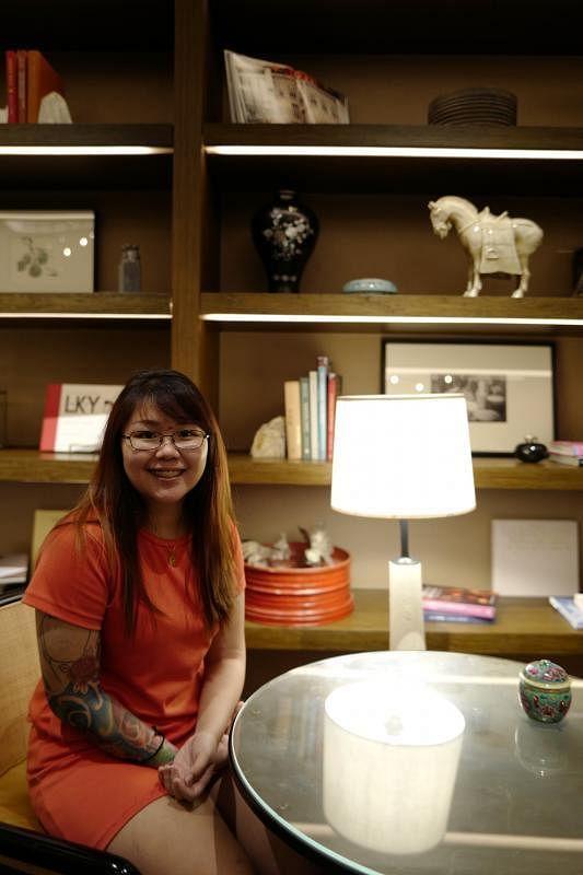 24岁的吴佳丽在短短的青春岁月经历了人生的各种磨难。