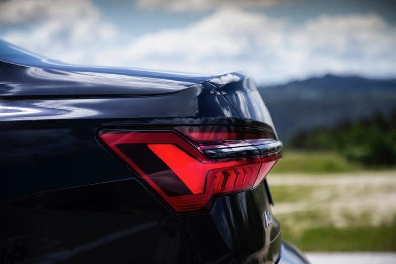 突出的立体车尾灯是A6在造型上对现代时尚的诠释。