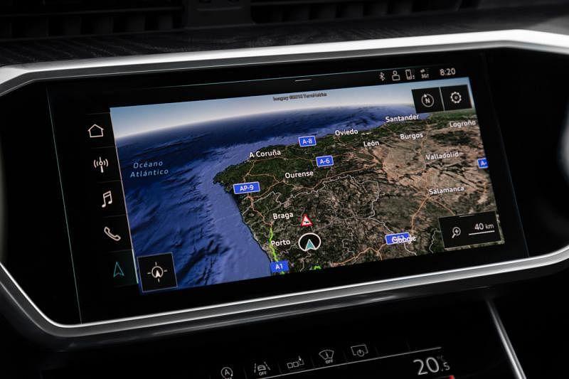全新的大触屏操控是A6的高科技配备之一。