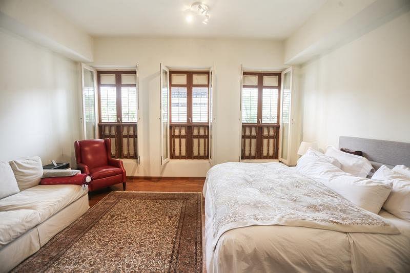 富丽堂皇的卧房。