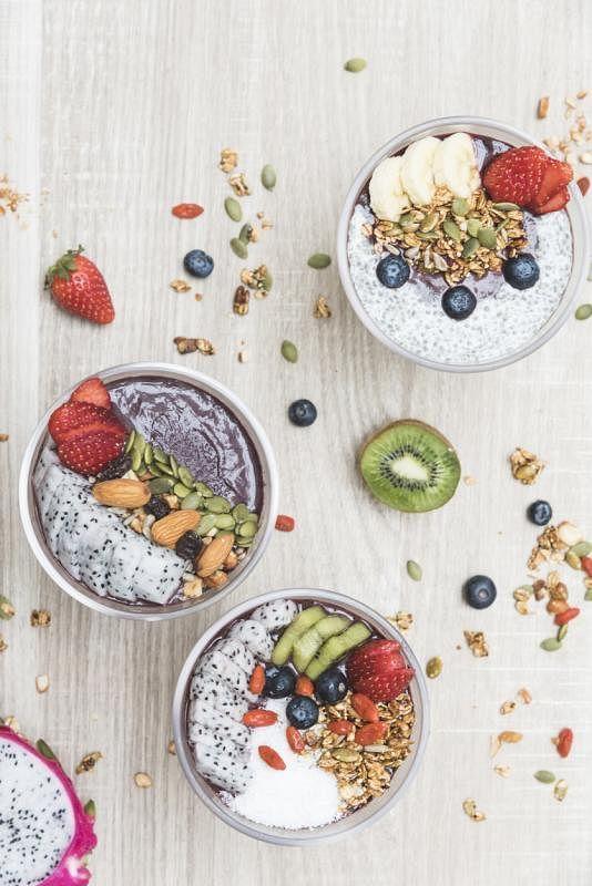 无糖巴西莓配搭水果与坚果,是近年受年轻人欢迎的潮食。