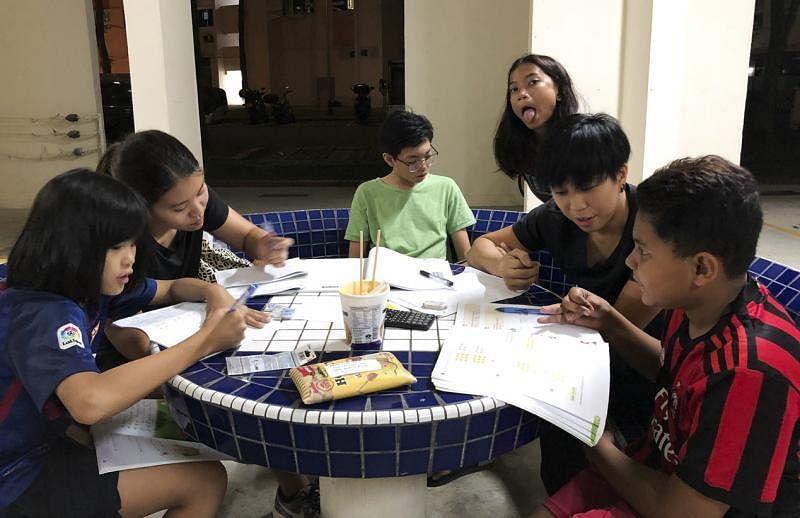 每个星期五的补习班是小朋友们的活动重心。(黄淑芬提供)