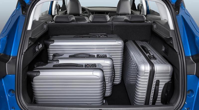 行李厢拥有514公升的空间,如果把后排座椅折下可以大增至1652公升,能运载大小行李、运动配备等。