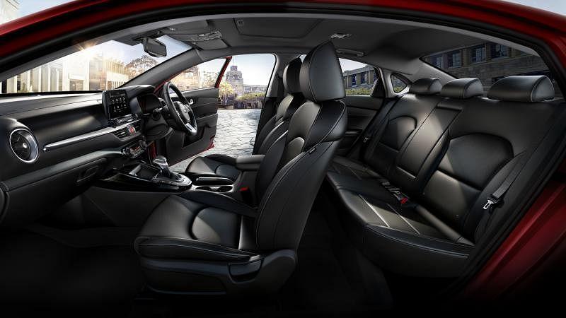 车子内部空间宽敞。