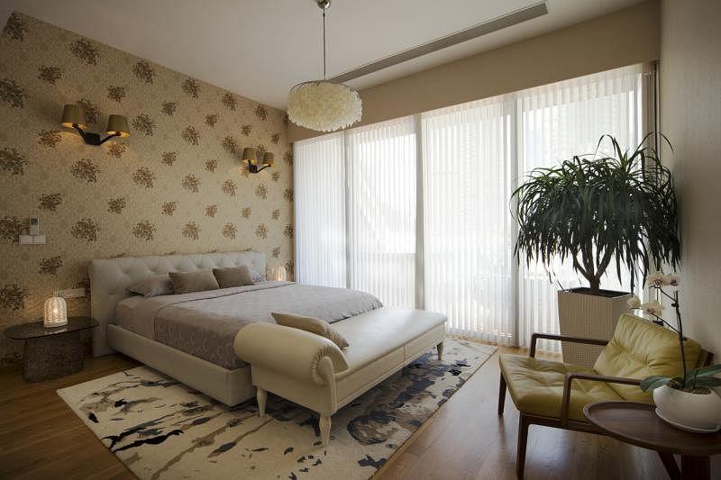 阁楼主卧时髦气息与古典风格融汇。