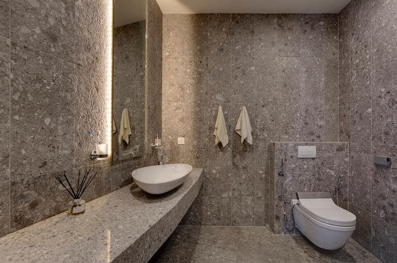 浴室配备主要来自Duravit和hansgrohe两个知名品牌。