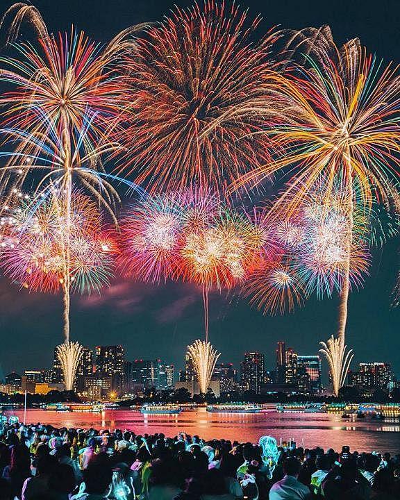 fireworks_6_Medium.jpg