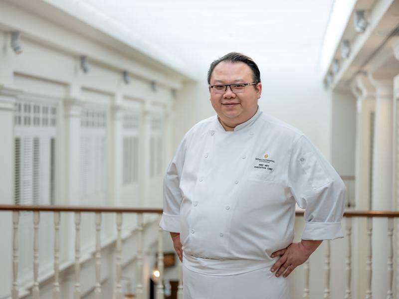 新加坡洲际酒店行政总厨梁明楠,是新一任新加坡厨师协会的会长。
