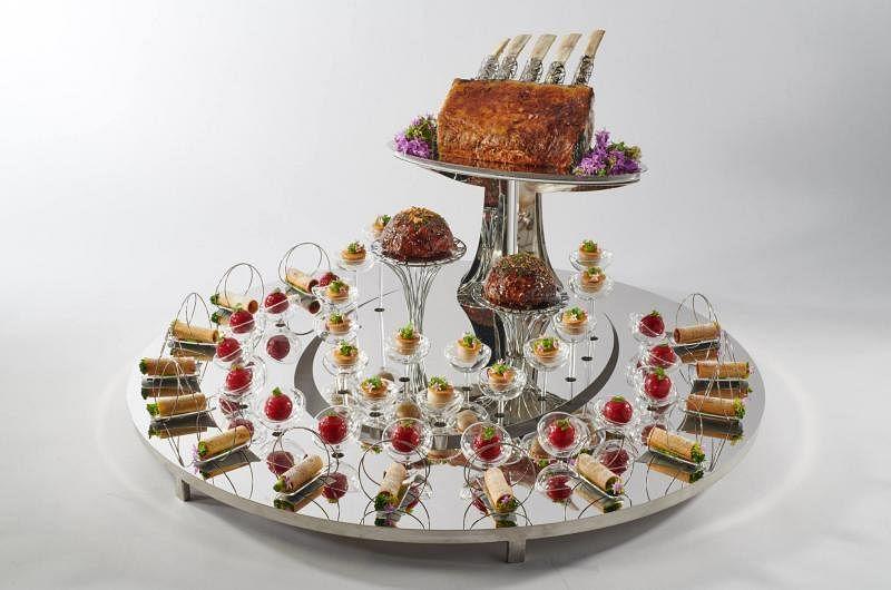 新加坡团队为博古斯世界烹饪大赛准备的西式小点拼盘。