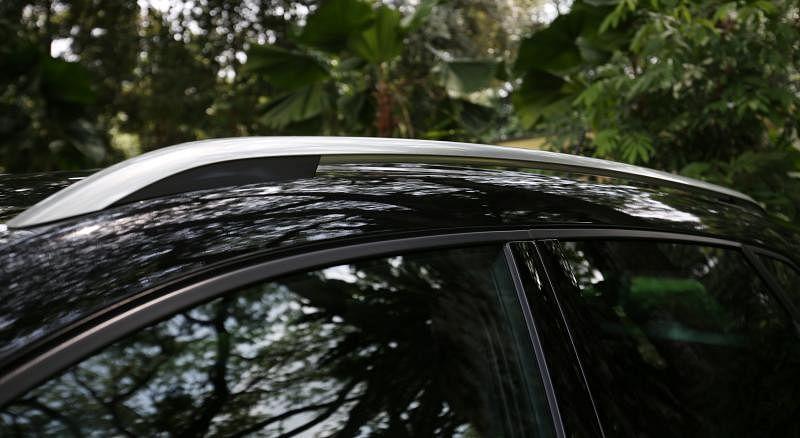 喜爱阳光的人应当喜欢车顶支架。