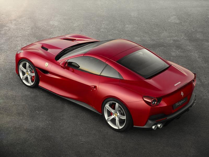 法拉利Portofino车身轮廓充满时尚感,又比Califonia T更具运动风格。