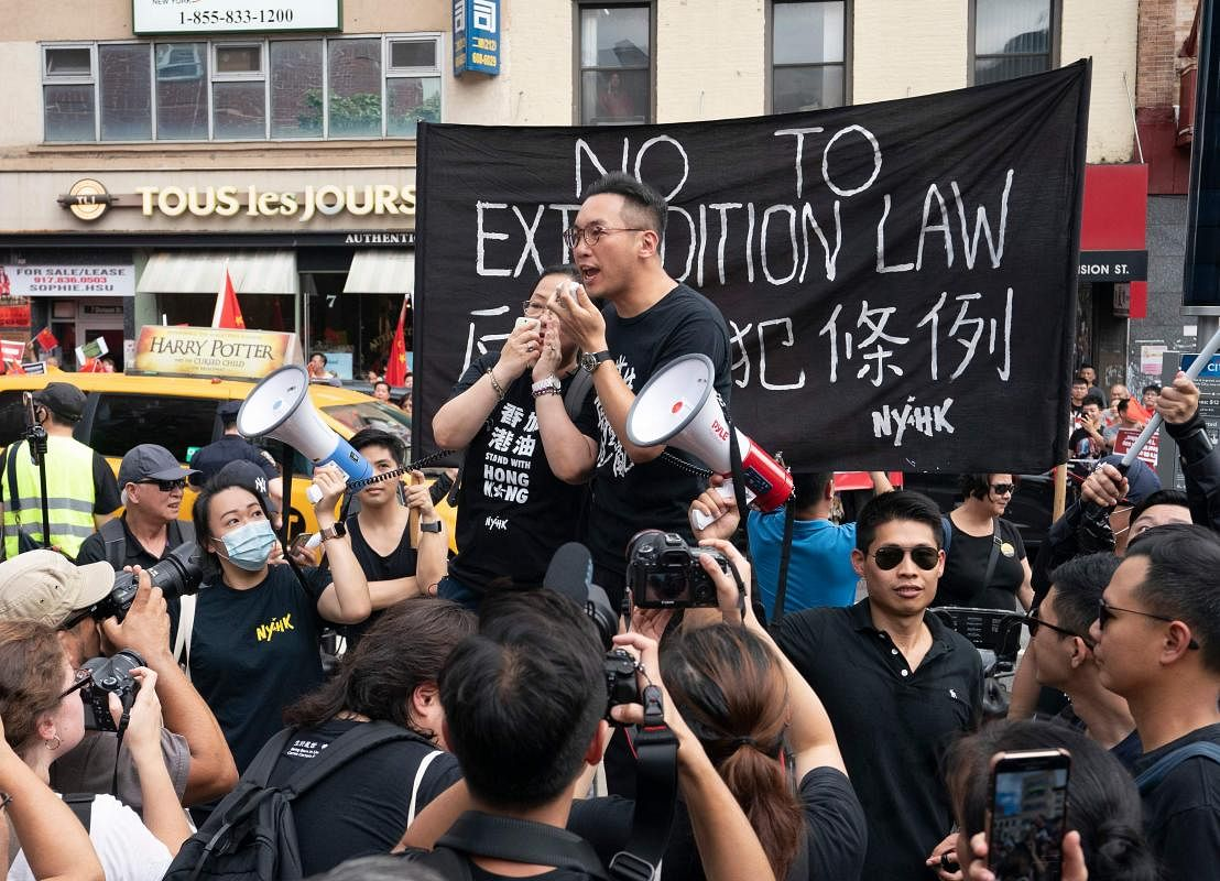 us-hong_kong-politics-protest-001002_Large.jpg