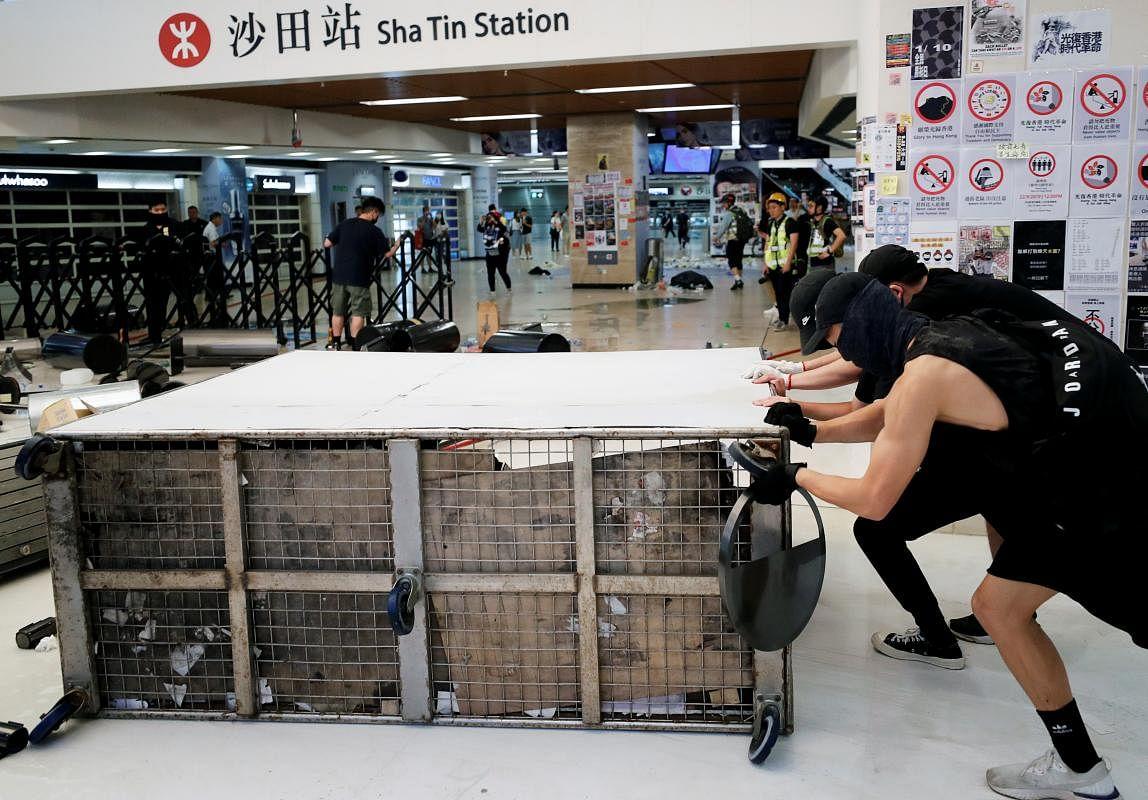 2019-09-22t100042z_1754894182_rc1a858326d0_rtrmadp_3_hongkong-protests_Large.jpg