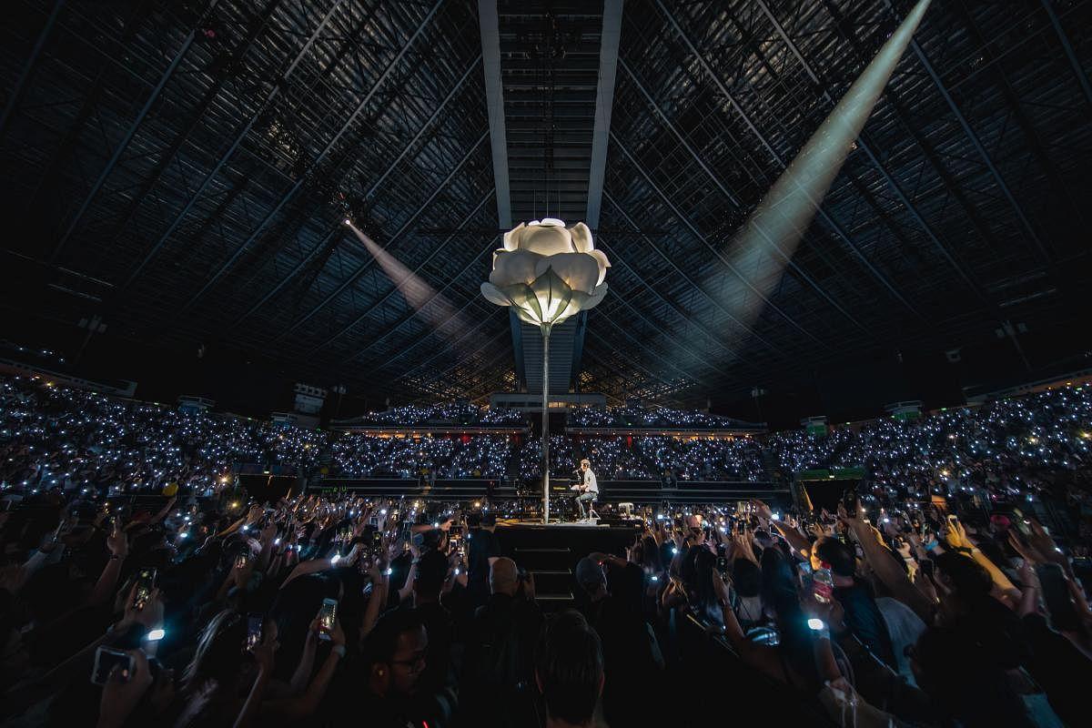 shawn_mendes_the_tour_2019_singapore_-_concert_033_Large.jpg