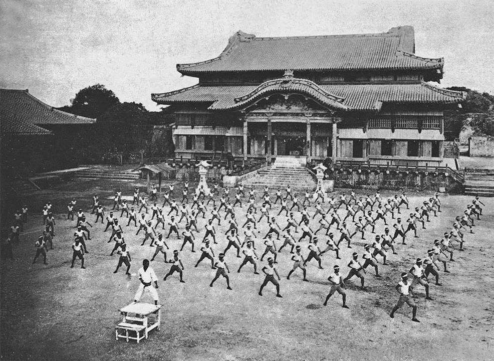 20191031_news_okinawa_1938_Medium.jpg