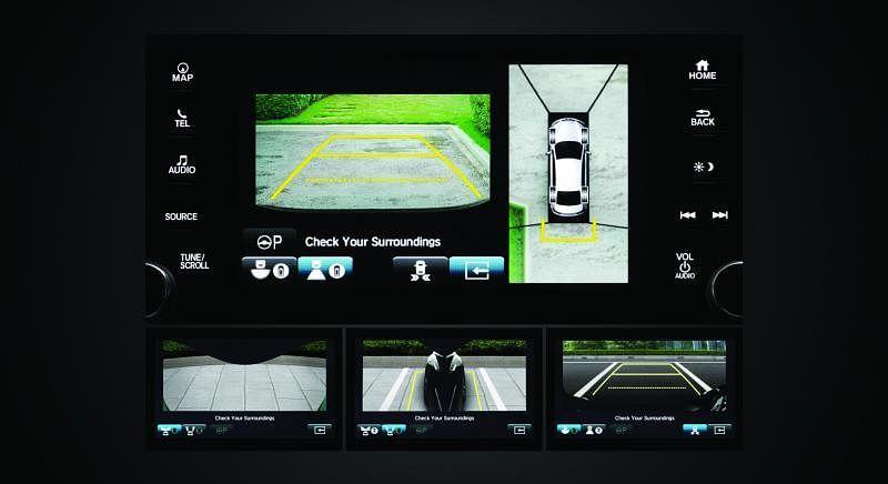 360度的全景摄像,助司机轻松倒车。