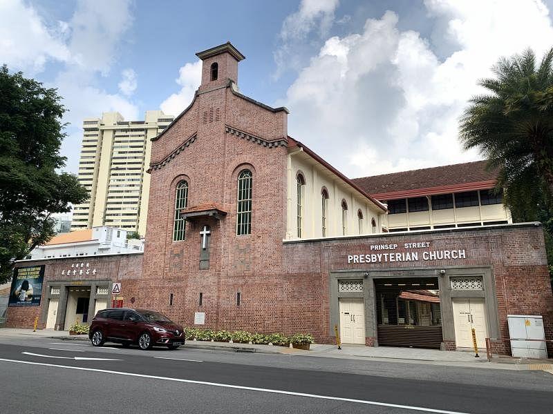 国家古迹:布连拾街长老会教堂 (Prinsep Street Presbyterian Church),历史可追溯至1843年的马来礼拜堂(Malay Chapel)。