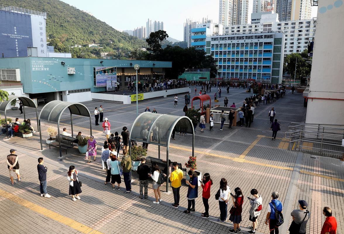 2019-11-24t004437z_2088105345_rc2chd920kad_rtrmadp_3_hongkong-protests-election_Large.jpg