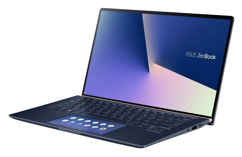 ZenBook 14设计美观,轻薄小巧。