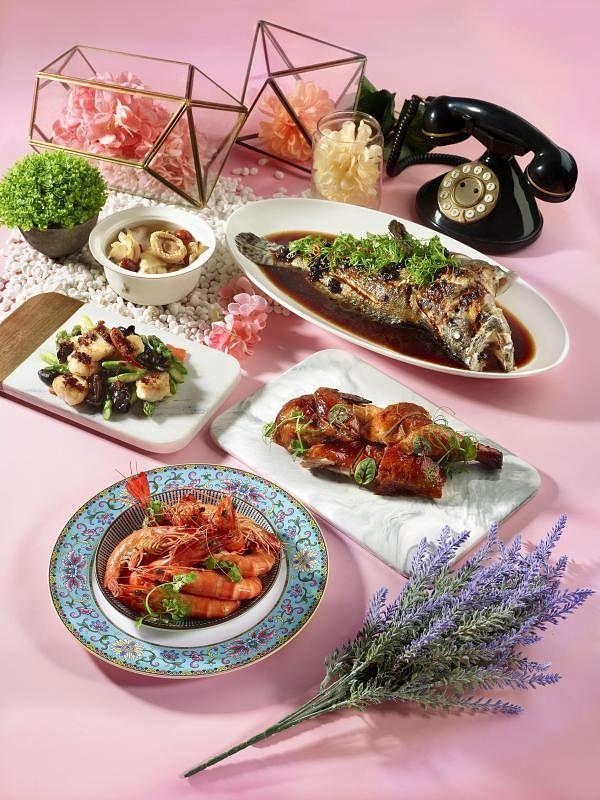 翡翠餐饮集团的餐馆推出父母亲节特餐。