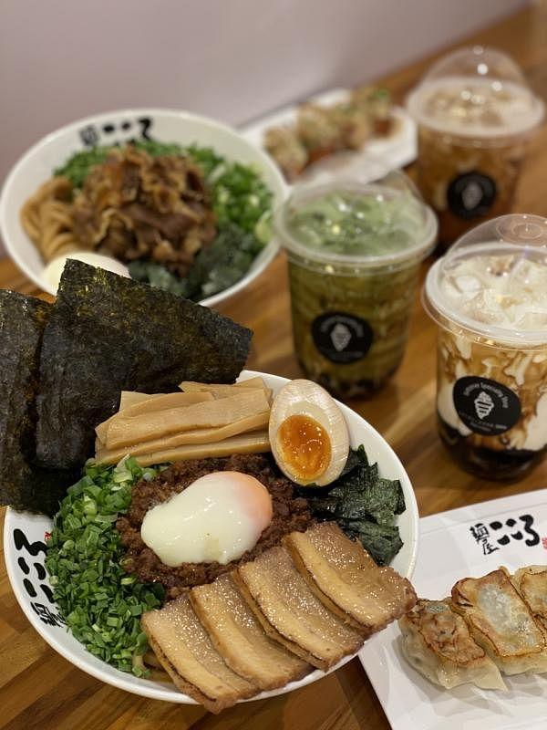 Emma日式泡泡茶搭日本餐Menya Kokoro。