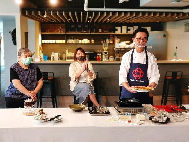 comenlive_wk13_cooking5.jpg