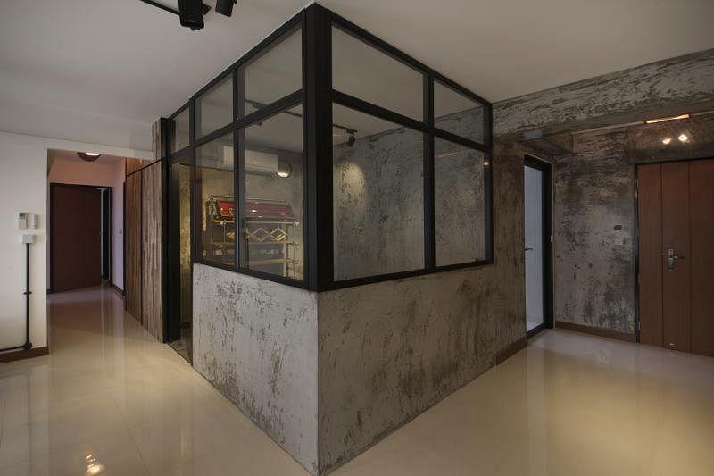 客厅的焦点,是这特别间隔出来的书房工作室。