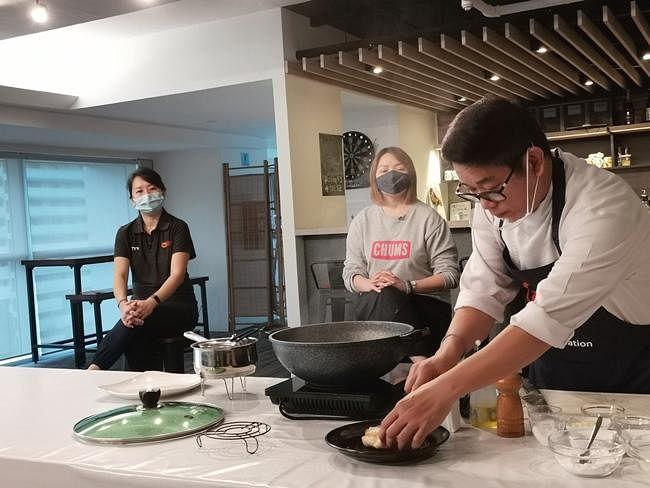 comenlive_wk15_cooking4.jpg