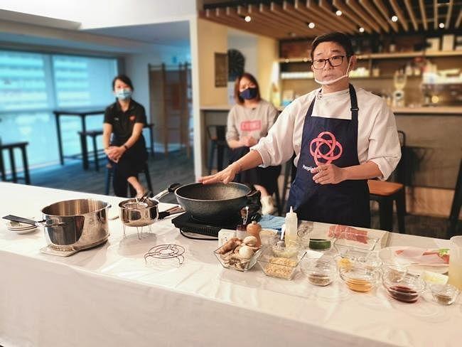 comenlive_wk15_cooking5.jpg