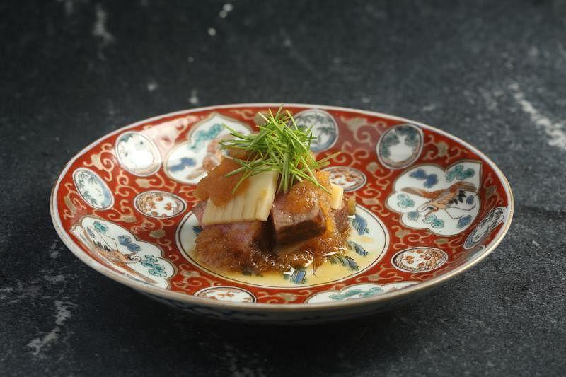 日式炭烤牛肉。
