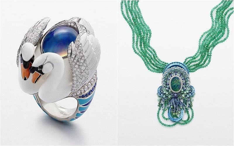 """(左图)""""公平采矿""""认证18K白金天鹅戒指,包含9.1克拉的墨西哥白欧泊,以及明亮式切割钻石和蓝宝石。(右图)""""公平采矿""""认证18克拉白金和钛项链,搭配翡翠珠子以及23.76克拉的黑欧泊、帕托石,以及明亮式切割钻石、绿色碧玺,以及蓝宝石。"""