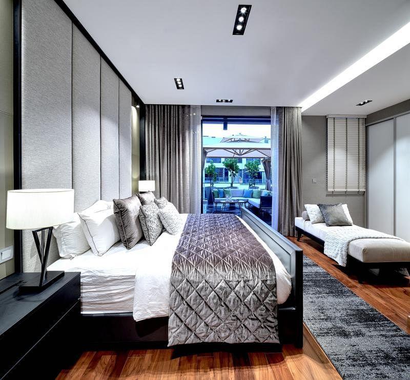 主人房像酒店套房。
