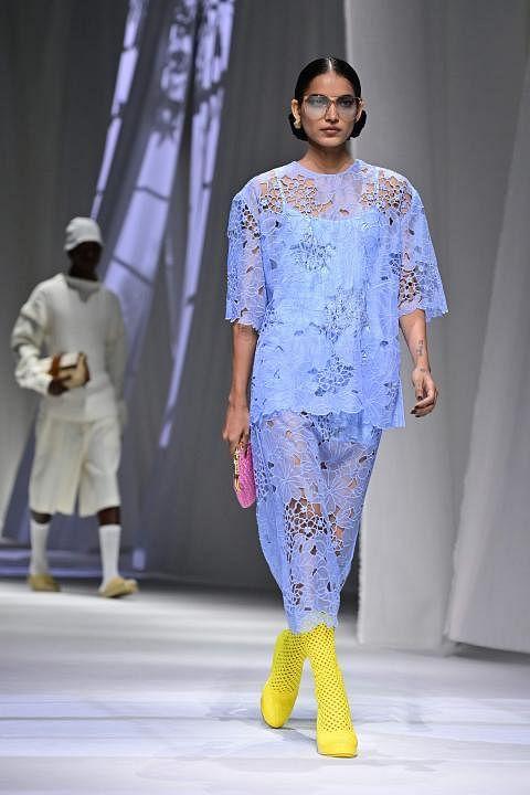 fashion-italy-women-men-fendi-143902_Medium.jpg