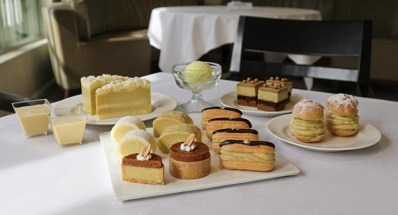 良木园酒店推出奢华榴梿甜点自助餐。