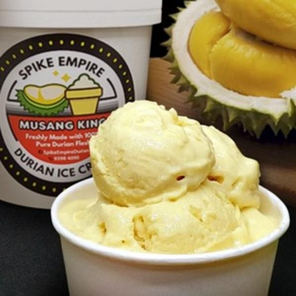 榴梿忘返配合GrabFood供应猫山王冰淇淋。