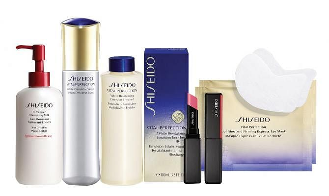 shiseido-revitalizing_regimen_set-at-300-worth-538_Small.jpg