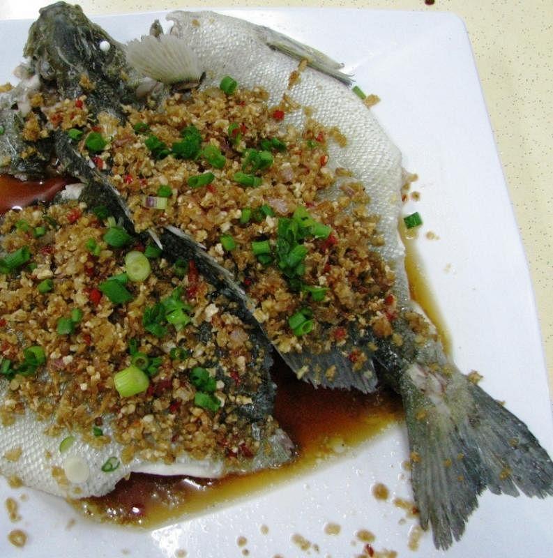煮熟的鱼不宜存放隔夜。(档案照)