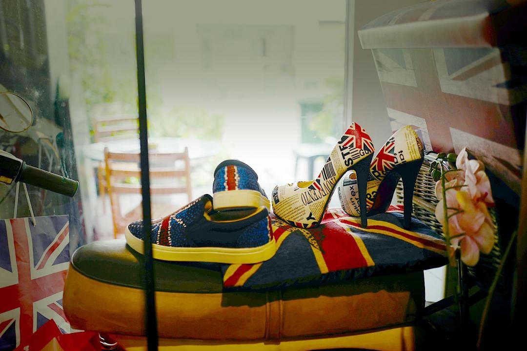 british-hainan-vintage-shoes_Medium.jpg