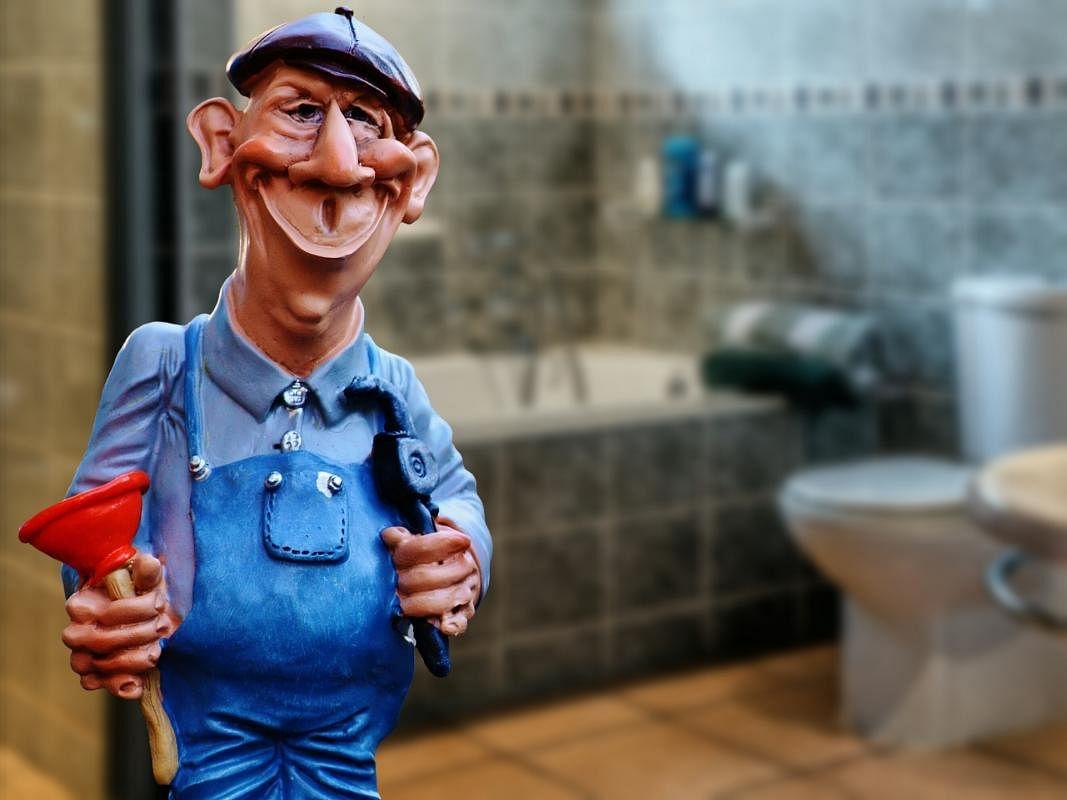 plumber-1162323_1920_Large.jpg