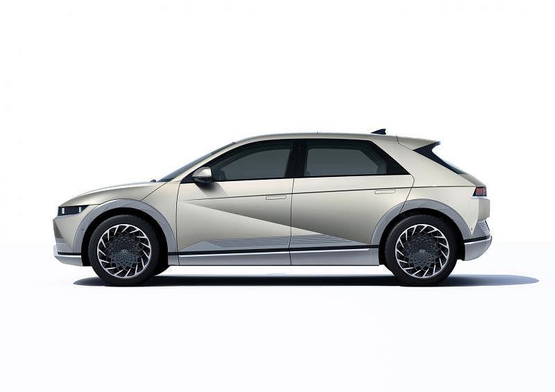 现代集团首款在E-GMP平台打造的电动车Ioniq 5,预计明年登陆我国。(车商提供)